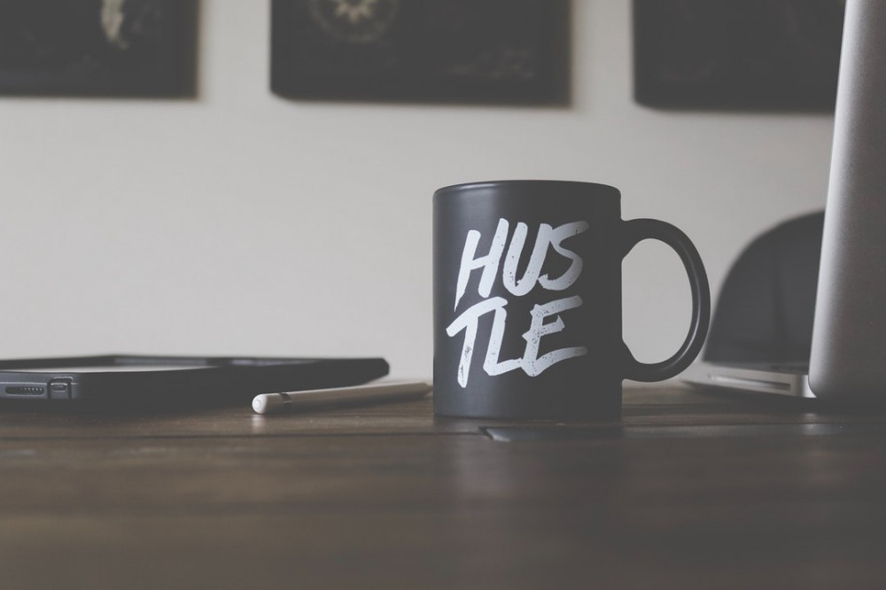 What is a good side hustle?