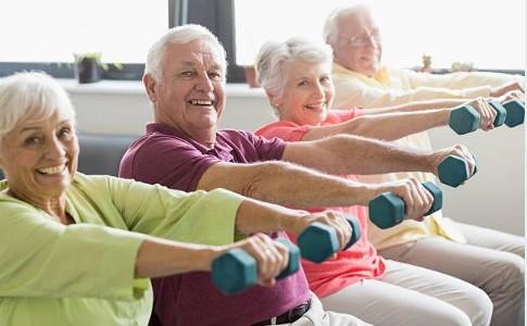 seniors exercising to prevent high blood pressure
