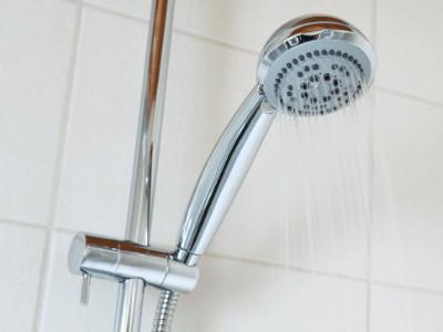 Saving Shower Heads Lower Electric Bill in Winter