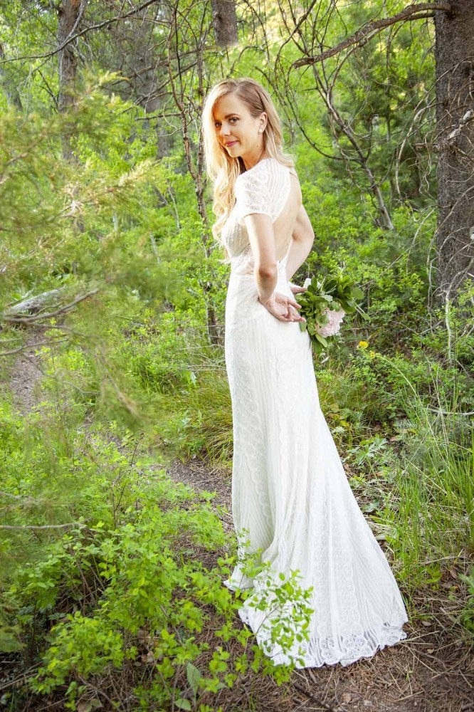 Full Length Bridal Portrait Poses:Tibble Fork Reservoir