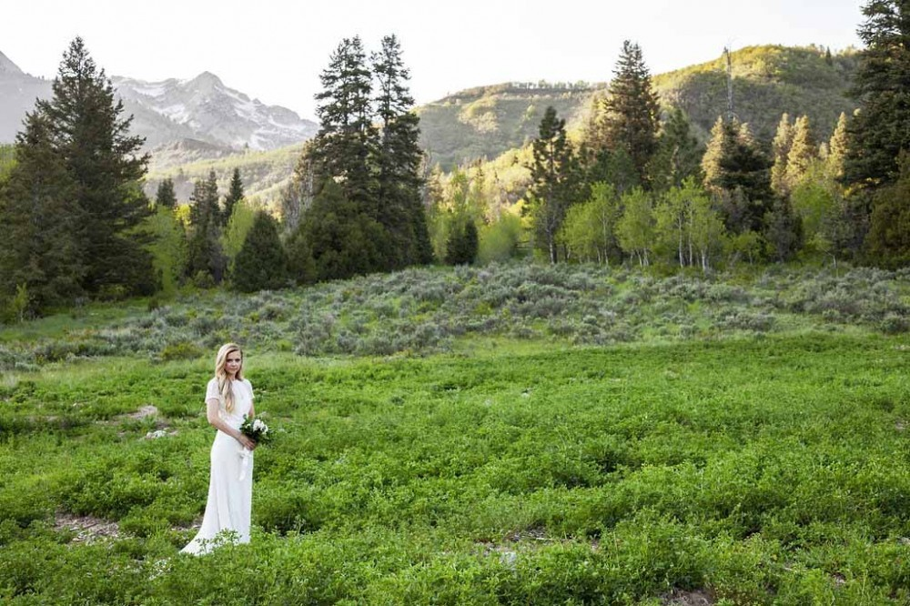 Bridal Portrait Poses Tibble Fork Reservoir