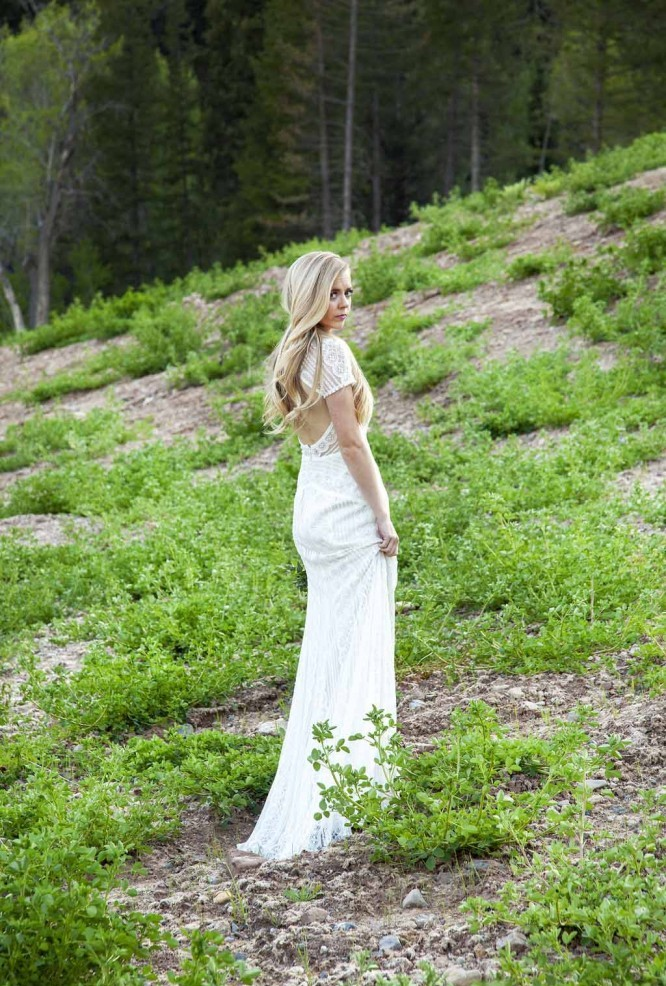 Serious Bridal Portrait Poses: Tibble Fork Reservoir