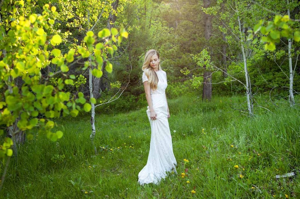 Stunning Bridal Portrait Poses: Tibble Fork Reservoir