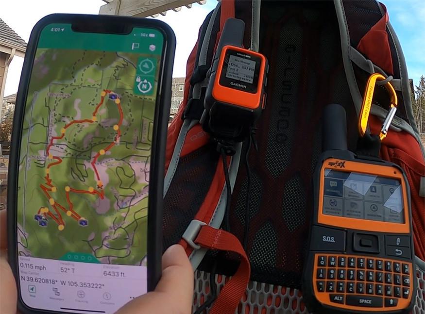 Garmin inReach Mini with Earthmate App on Smartphone