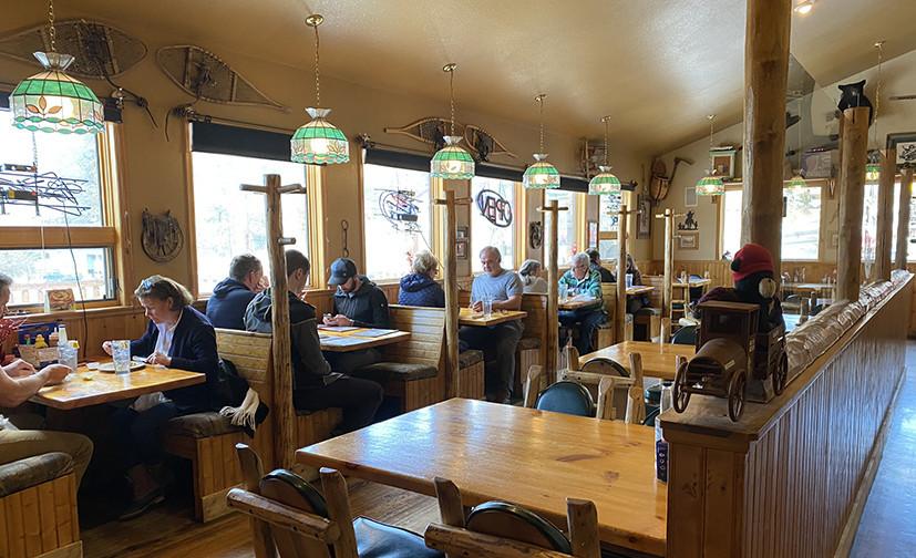 Rustic Station Restaurant & Tavern