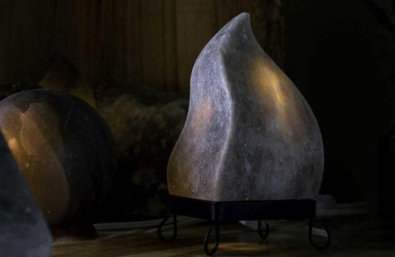 Moroccan Flame Grey Salt Lamp