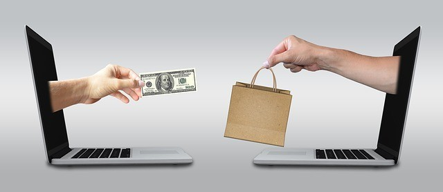 the history of e commerce