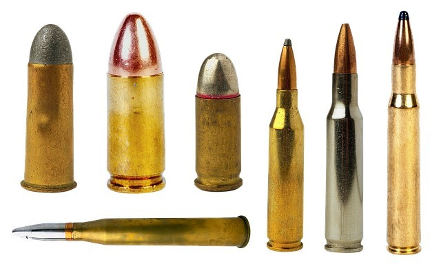 Various calibers of rifle bullets for hunting