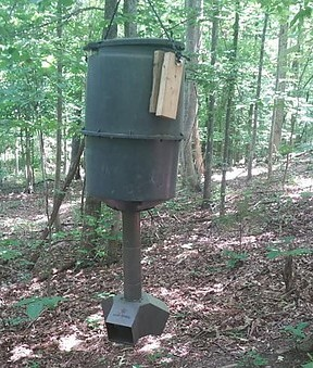 picture of deer feeder