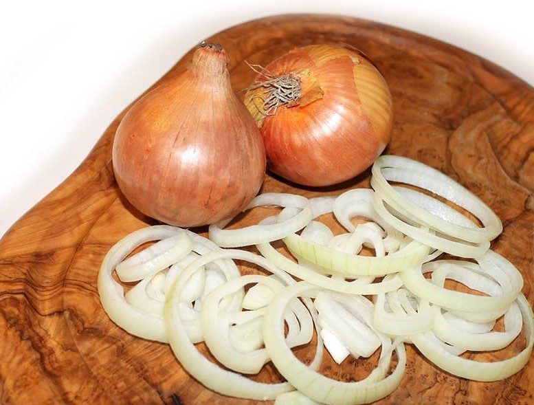 Sliced Onions Ready To Be Used In A Onion Juice Home Recipe For Thinning Hair