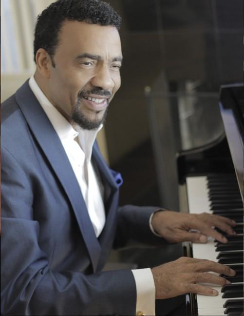 Bobby Lyle Soft Jazz Musician