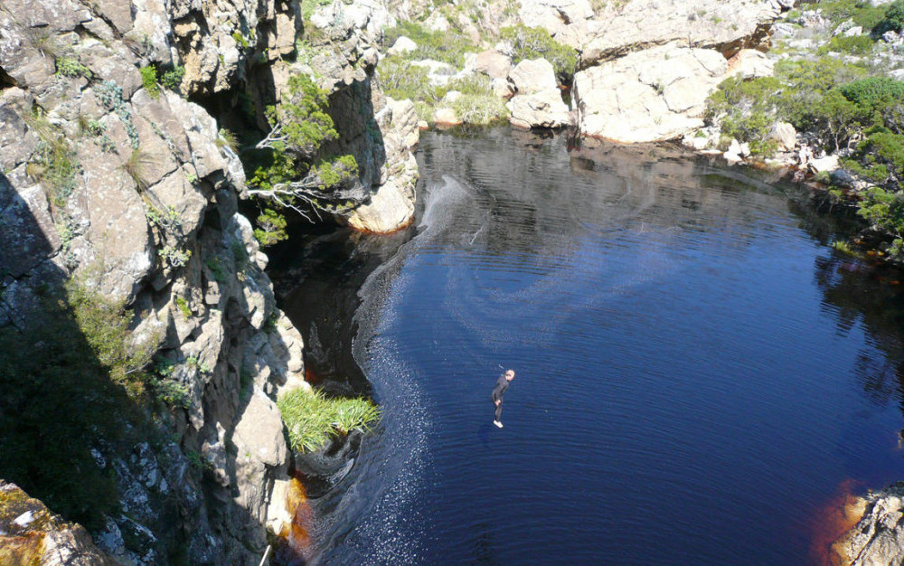 Kloofing Canyoning in Cape Town
