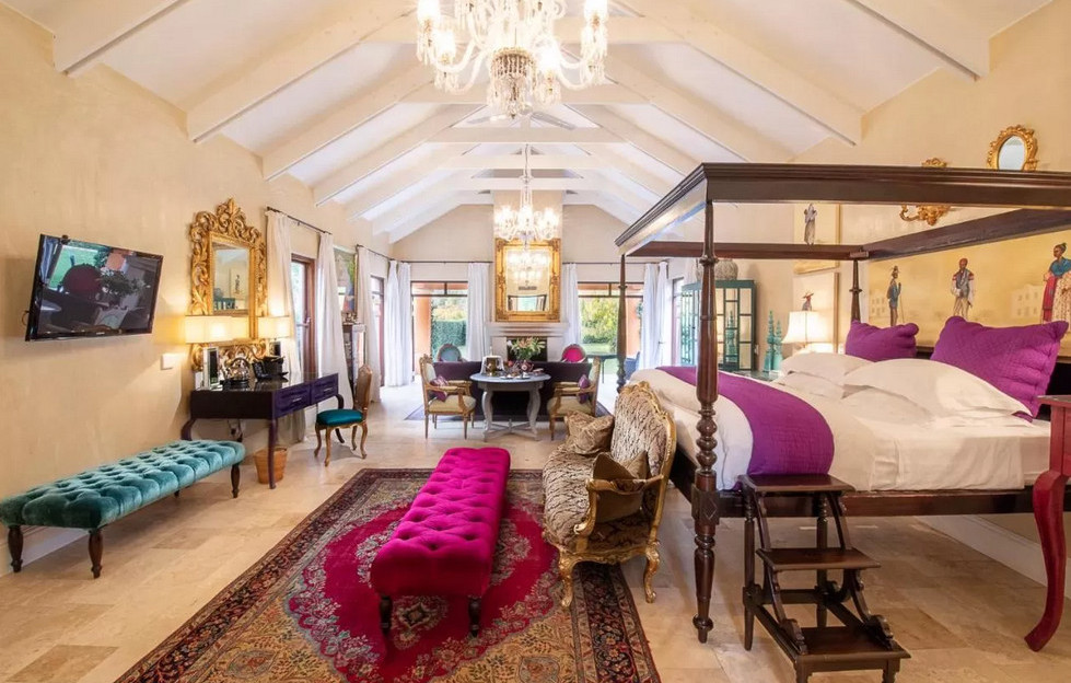 Room at La Residence