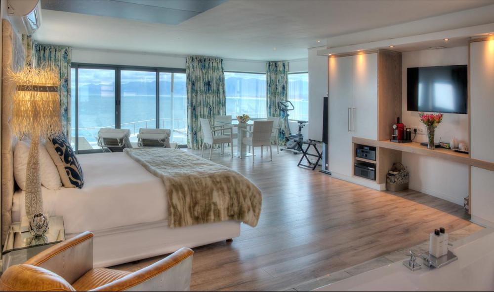 Room at Sea Star Cliff