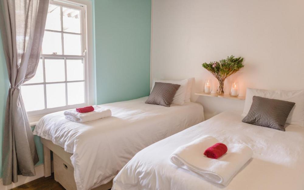 Room at Gansbaai Boarding Lodge