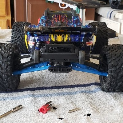 Traxxas Rustler Rear Suspension Arms