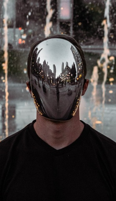 Picture of mirror as a mask