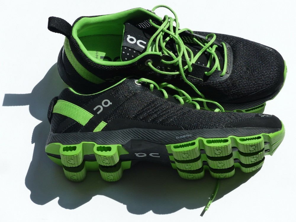 what makes a good running shoe for seniors