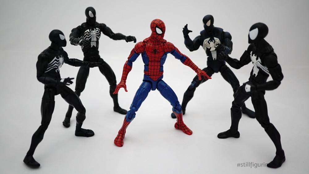 Marvel Legends - Black Costume Spider-man (Toybiz Spier-man Classics, Hasbro Spider-man Origins, Hasbro Spider-man Red Hulk BAF Wave, Hasbro Spider-man (Sandman BAF Wave)