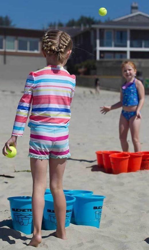 Bucketball Beach Edition