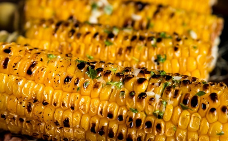 tasty grilled corn