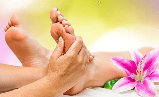 How To Treat Mortons Neuroma At Home - Foot Massage