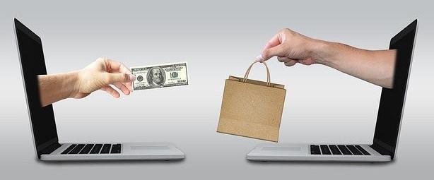 "<img alt=""src=""item being paid for online.jpg"" alt=""build a website for business""/>"