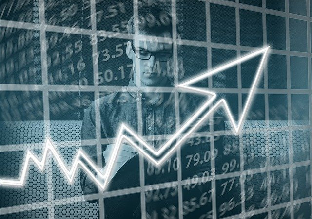 "<img src=""chart showing growth.jpg"" alt=""online business success stories""/>"