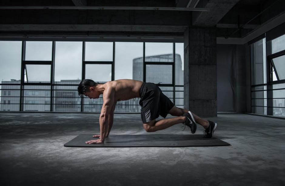 "<img src=""man exercising.jpg"" alt=""can exercise improve physical health""/>"