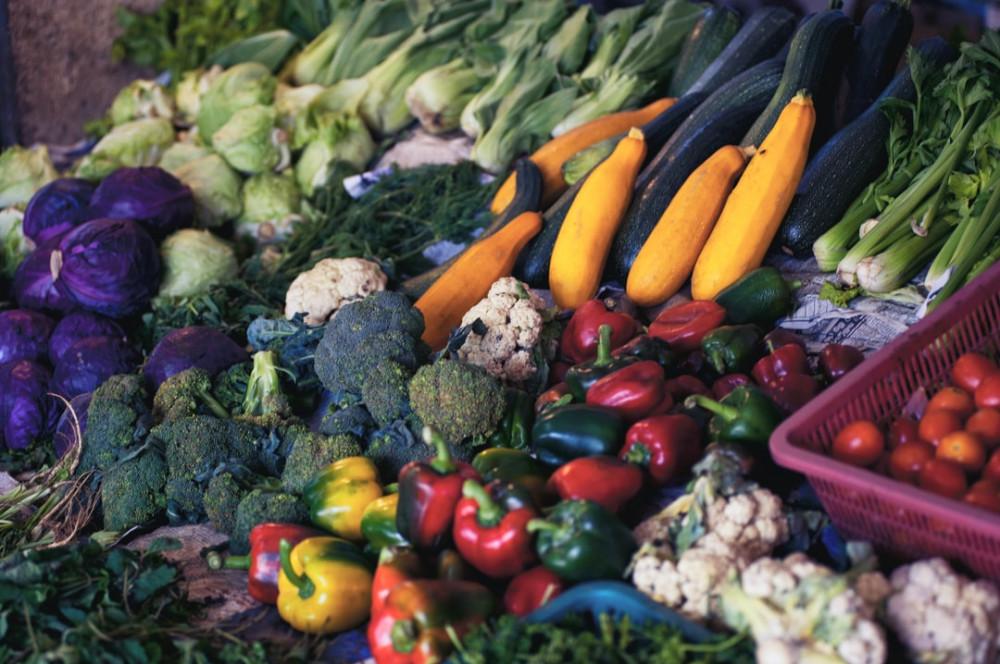 "<img src=""healthy vegetables.jpg"" alt=""best way to lose abdominal weight""/>"