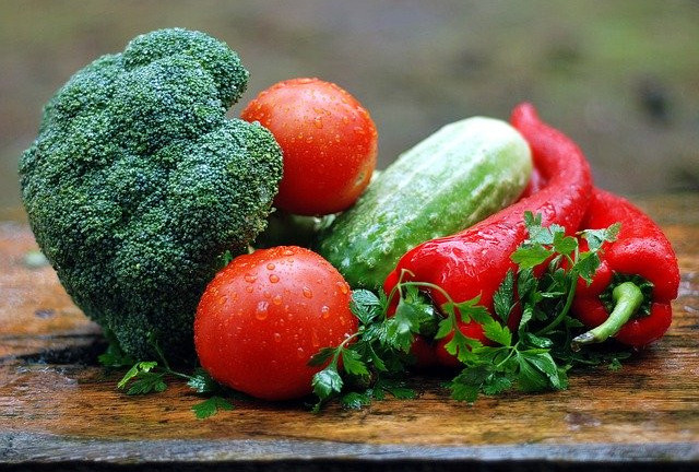 "<img src =""healthy vegetables.jpg"" alt=""what is the best cleanse for weight loss""/>"