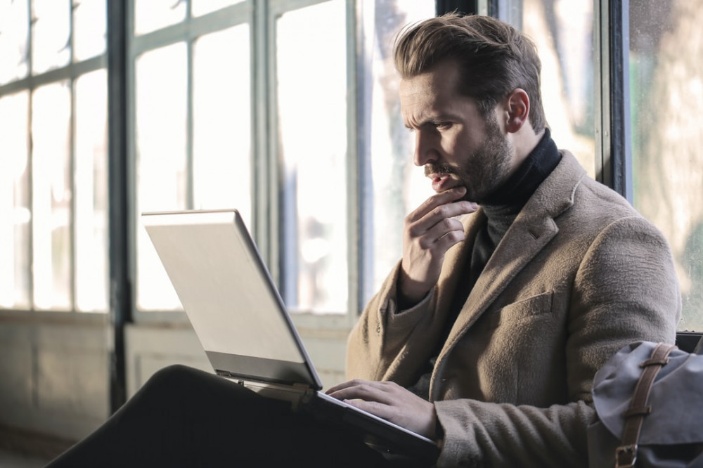 "<img src=""man gazing into laptop.jpg"" alt=""what to achieve""/>"