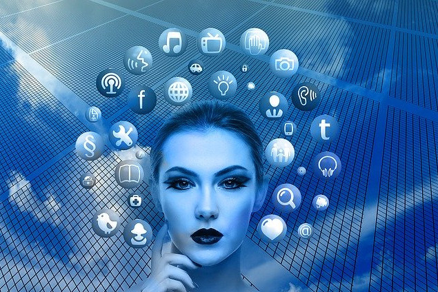 """<img src=""""apps related to the internet.jpg"""" alt=""""the online business guide""""/>"""