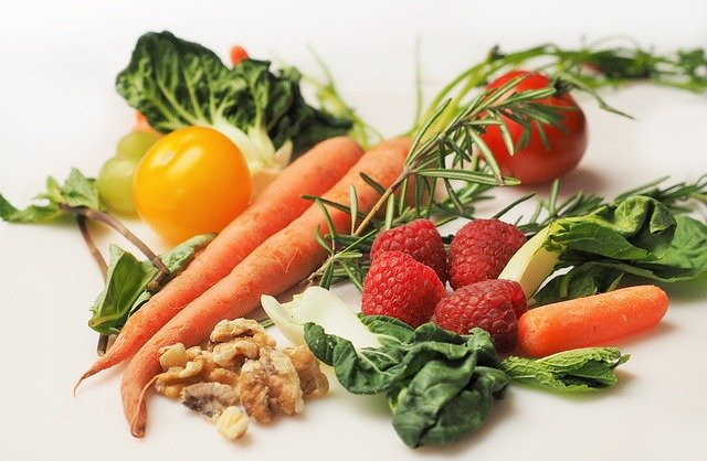 """<img src=""""healthy fruit and vegetables.jpg"""" alt=""""what is the secret to weight loss""""/>"""
