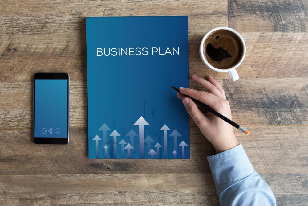 "<img src= ""business plan book.jpg"" alt= ""how to start in a online business""/>"