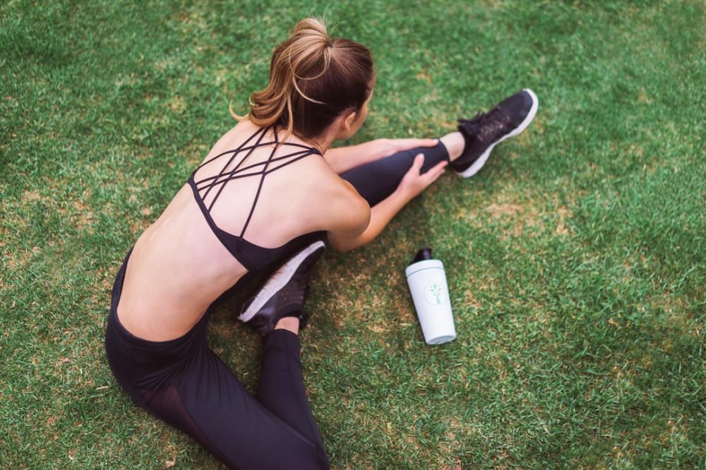 "<img src=""woman stretching.jpg"" alt=""good ways to stay healthy""/>"