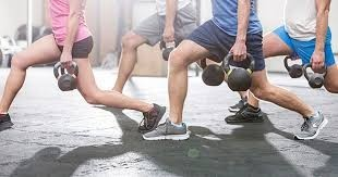 Best exercise for fat loss walking lunges with kettlebell