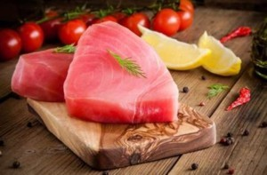 Tuna Fillet with Steamed Vegetables