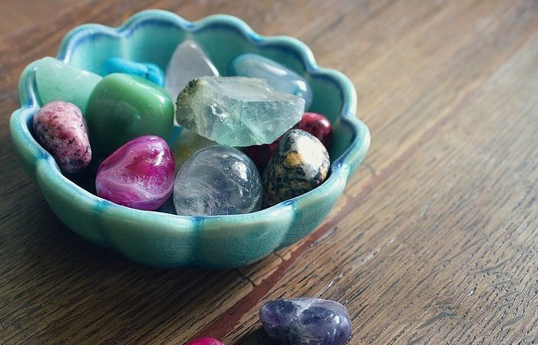 3 best healing crystal sets from amazon