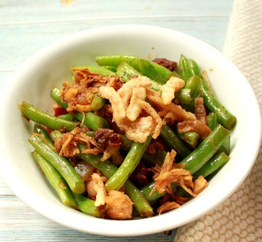 stir fry chicken green beans