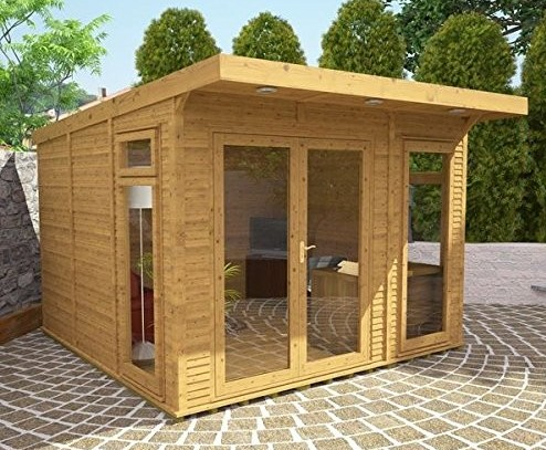 insulated small summerhouse