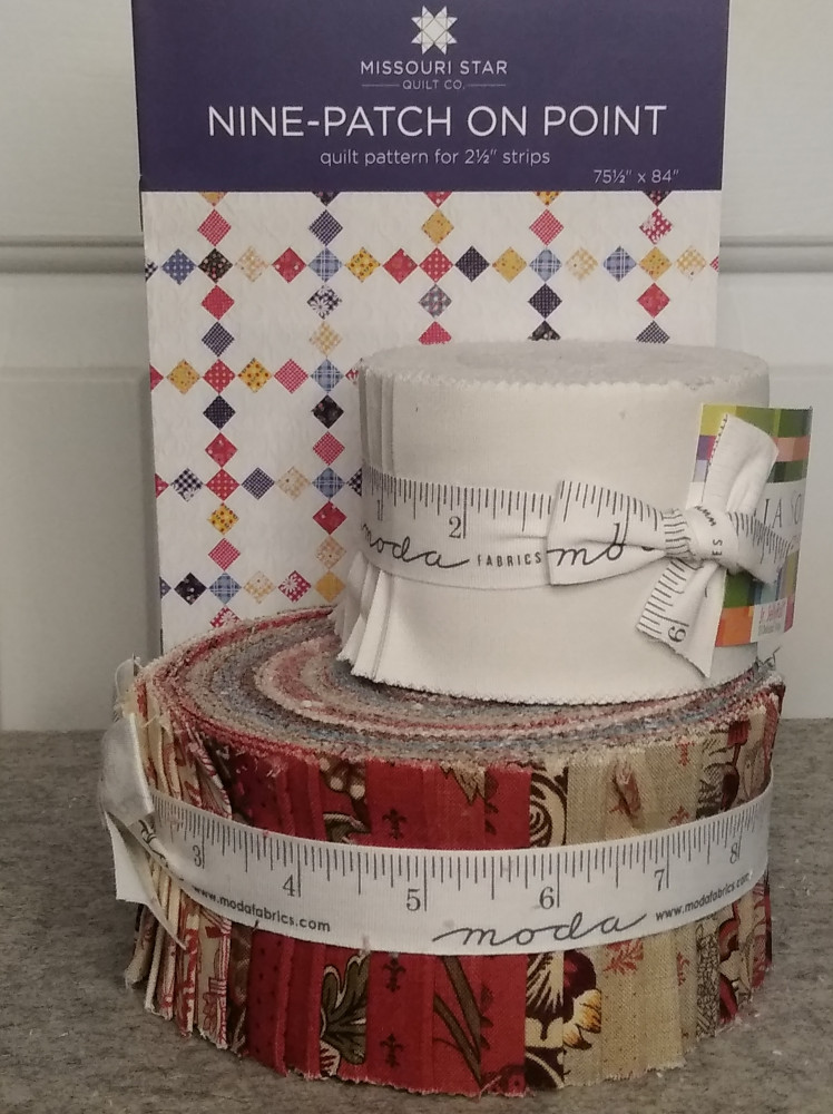 MSQC pattern Nine Patch On Point, Moda fabric jelly roll and while jelly roll jr.