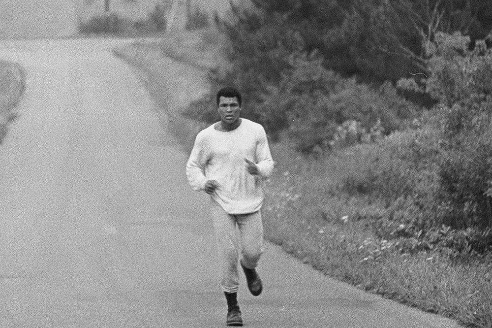 muhammad Ali running in zaire