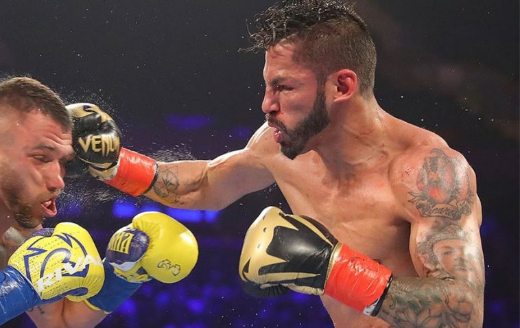 Linares wearing Venum Gloves