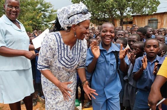 dr. tererai trent in her school