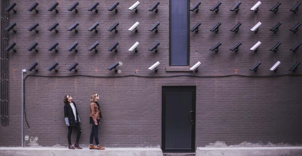 The Difference between Wired vs Wireless Security Systems