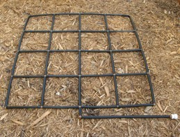 Grid Irrigation Layout. Photo by TrafB12