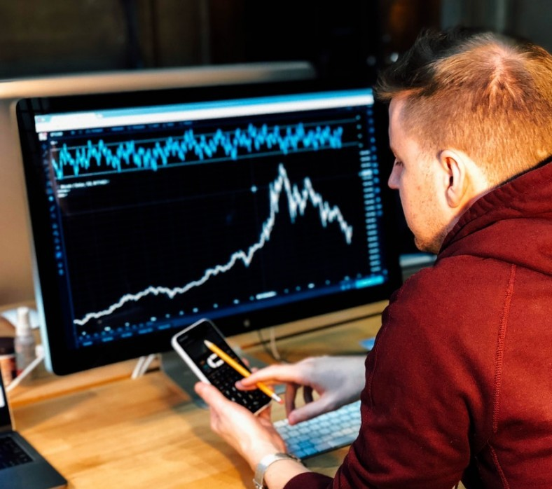 Learn About Forex Trading - Capital Markets Trading. Photo by Chris Liverani