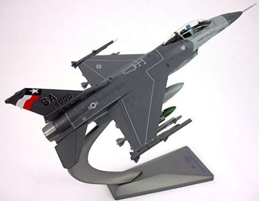 F-16 Fighting Falcon diecast model