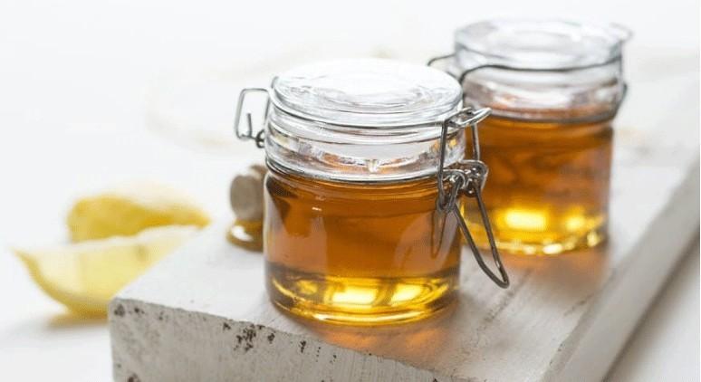 golden jars of honey